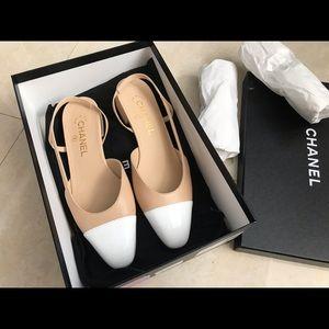 Chanel slings flat